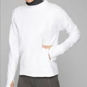 Athletes denali outdoor pullover in bright white